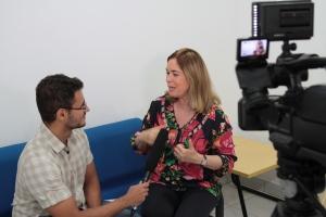 Mary Del Priori em entrevista à Ascom